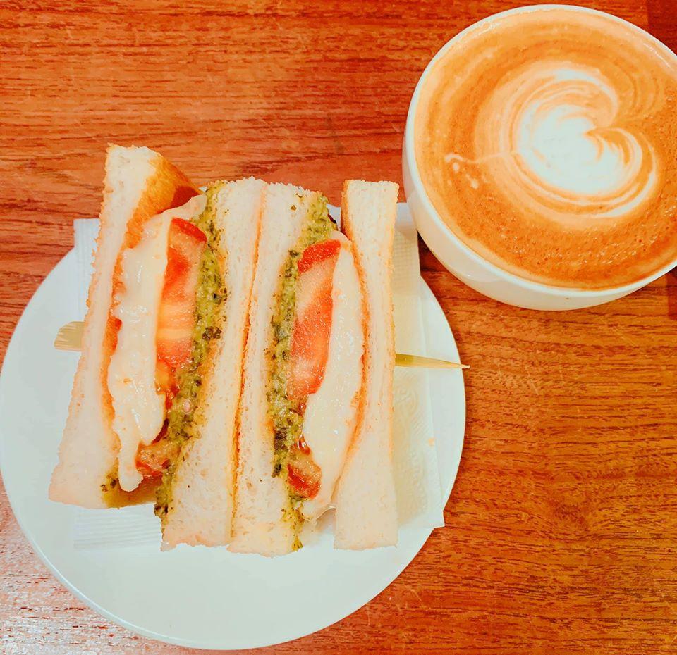台北民生社區寵物友善餐廳-Cafe Ballet 芭蕾咖啡館