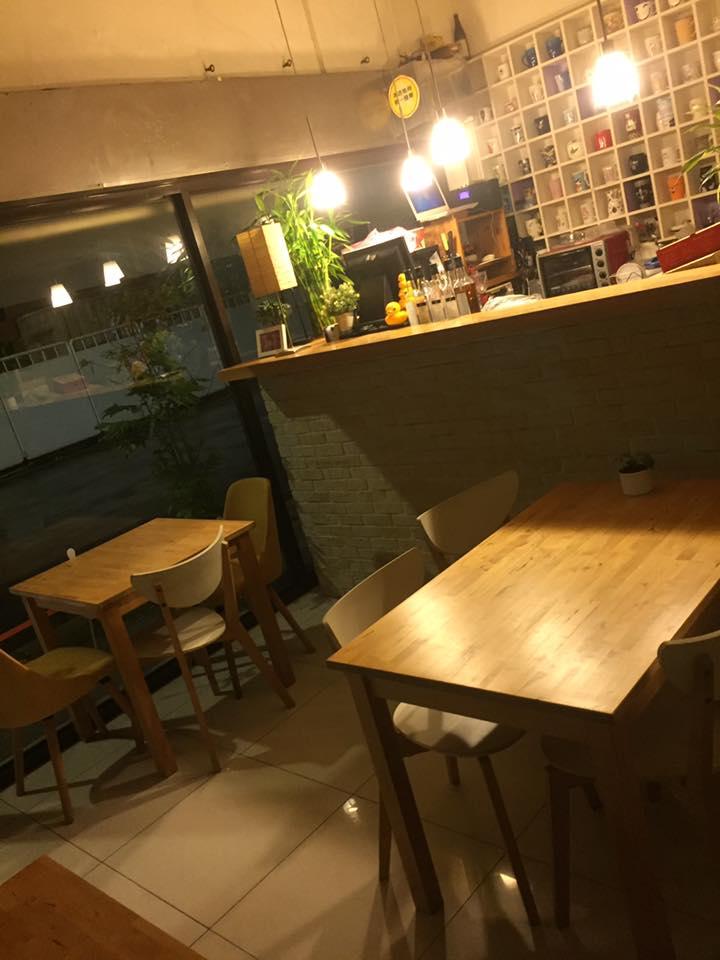 Jessie cafe