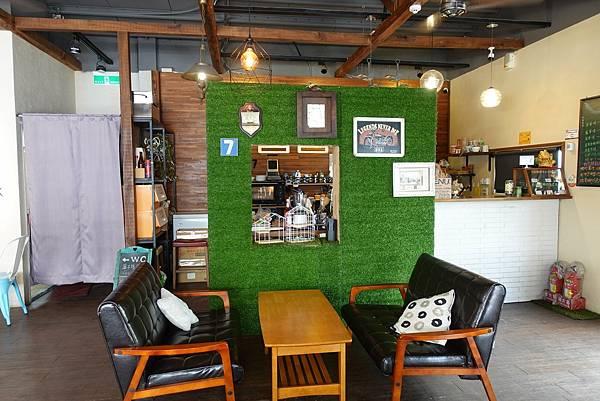 花蓮寵物友善餐廳-Seven beans咖啡舍_Yu Ching提供